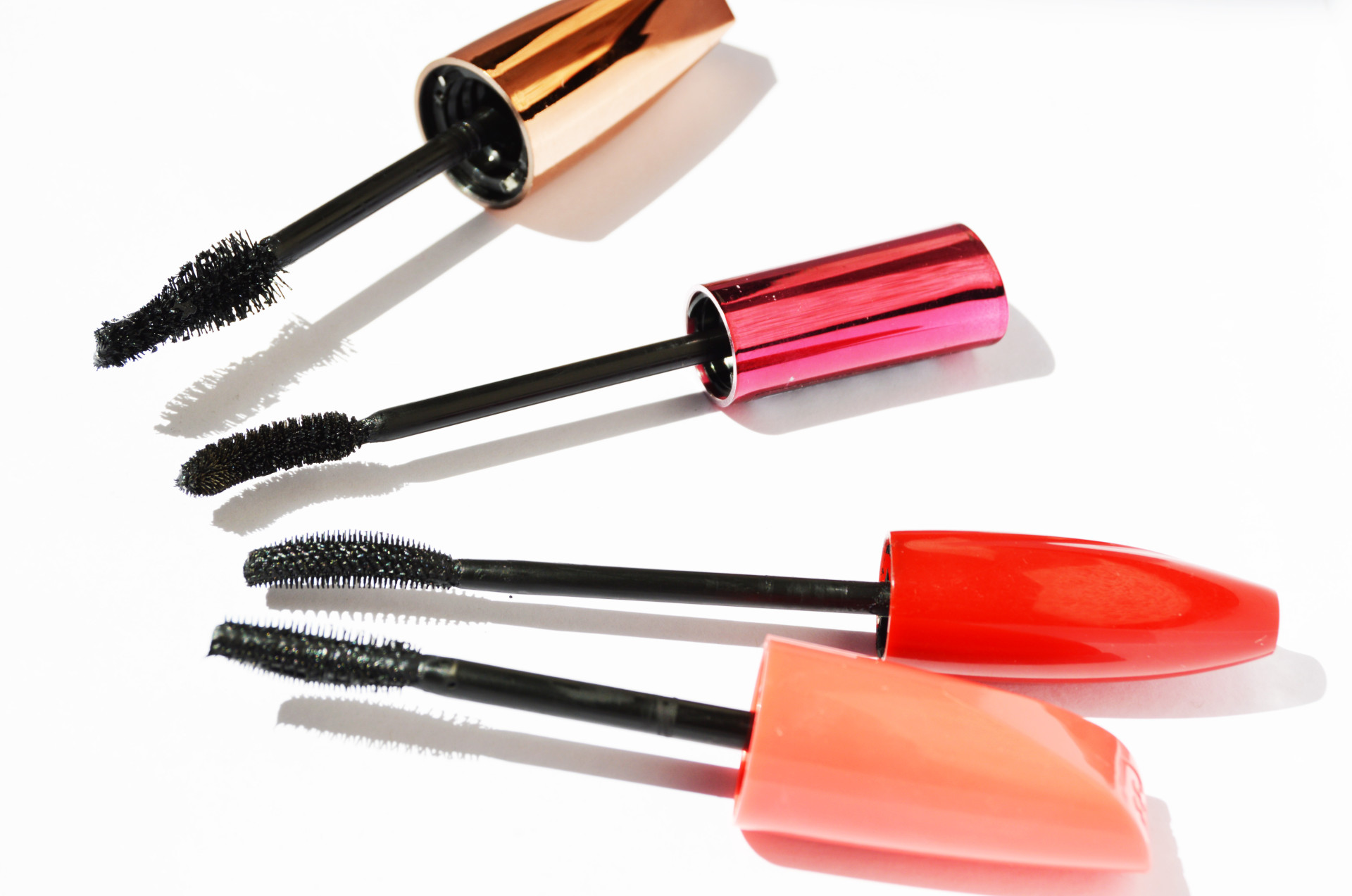 Best Drugstore Mascaras | There are so many drugstore mascaras in the market, however which one is the best one, which one actually does what's promised. Click through to find out the best drugstore mascaras