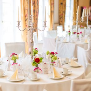 Easy Ways to Improve Your Wedding's Atmosphere