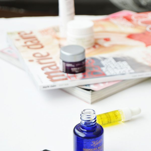 Skincare Routine with Kiehl's Midnight Recovery Concentrate   It is lightweight and fast absorbing oil, which will give fresh radiant looking skin.