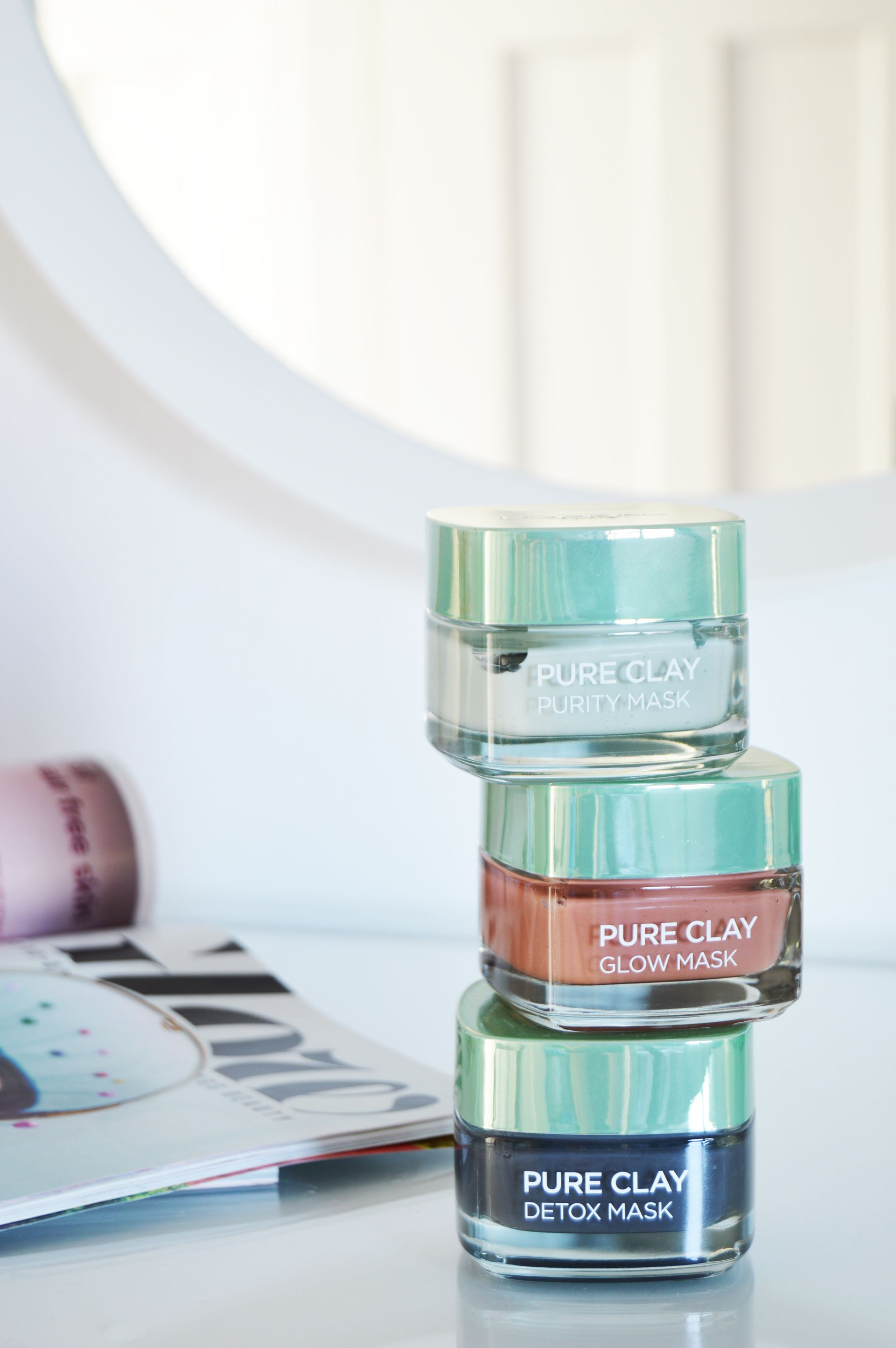 L'Oreal Pure Clay Masks - Detox, glow and purity masks claim to give you the brighter and softer looking skin and help you get rid of the impurities.