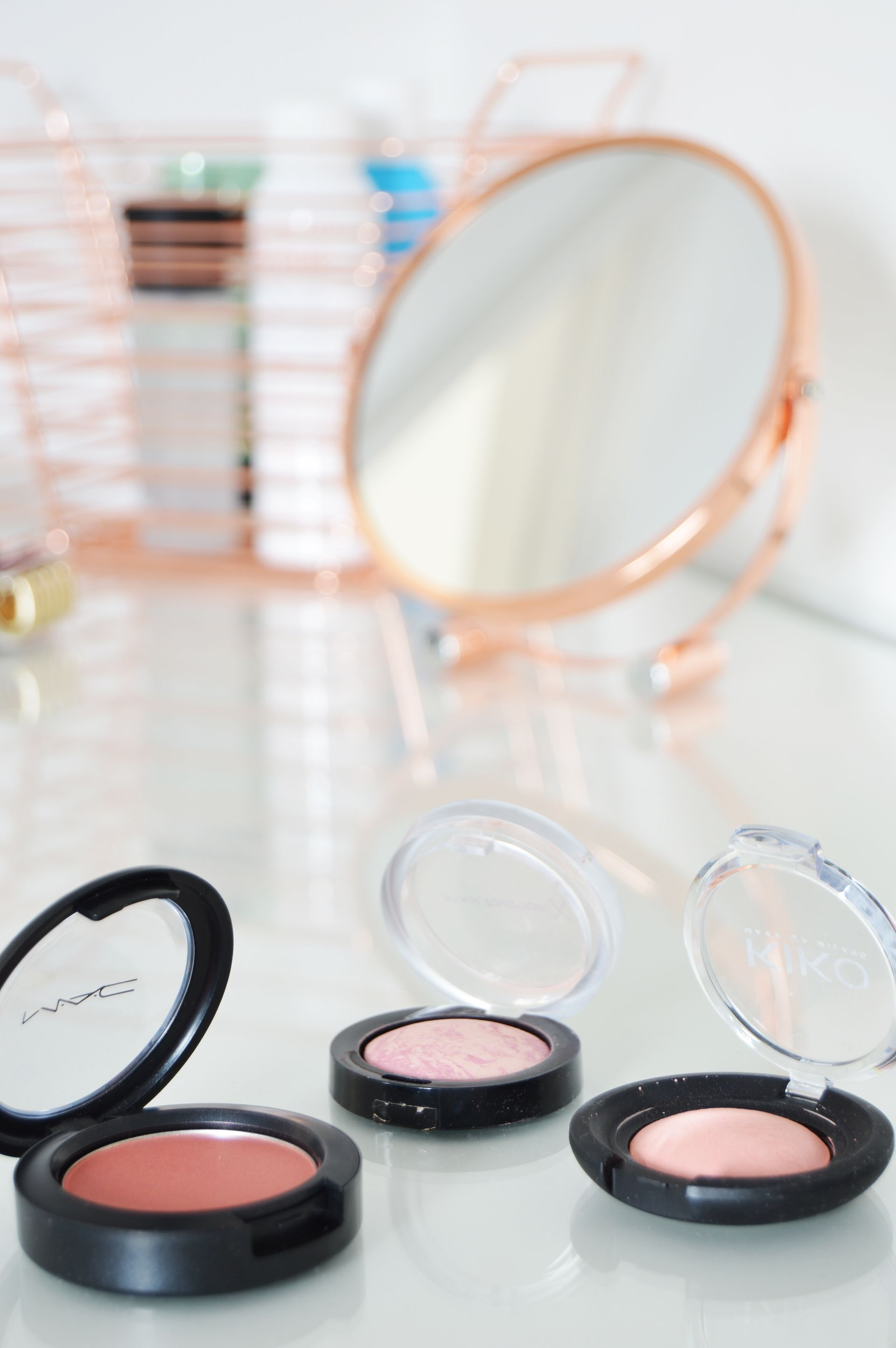 Pink blushes for every budget. There are so many brands out in the market and some of them offer so many affordable products. Top 3 pink blushes for every budget.