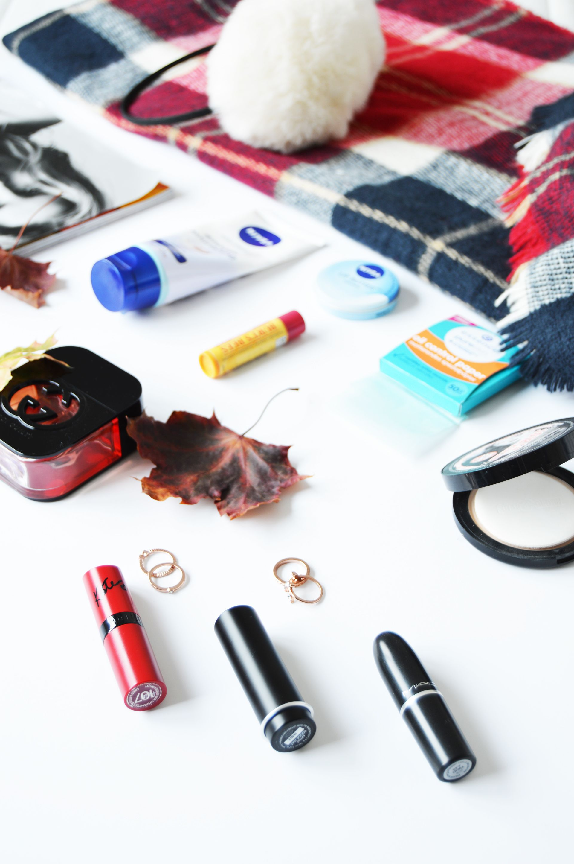 Autumn Bag Essentials you might want to carry around this season. Cold weather is not good for the skin so it is beast to keep it protected all the time. Carrying a hand cream in your handbag can save you from dry and hard hands.