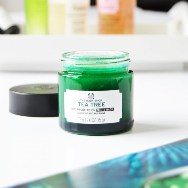 The Body Shop Tea Tree Anti-Imperfection Night Mask is a lightweight and cooling mask which helps to prevent the blemishes.