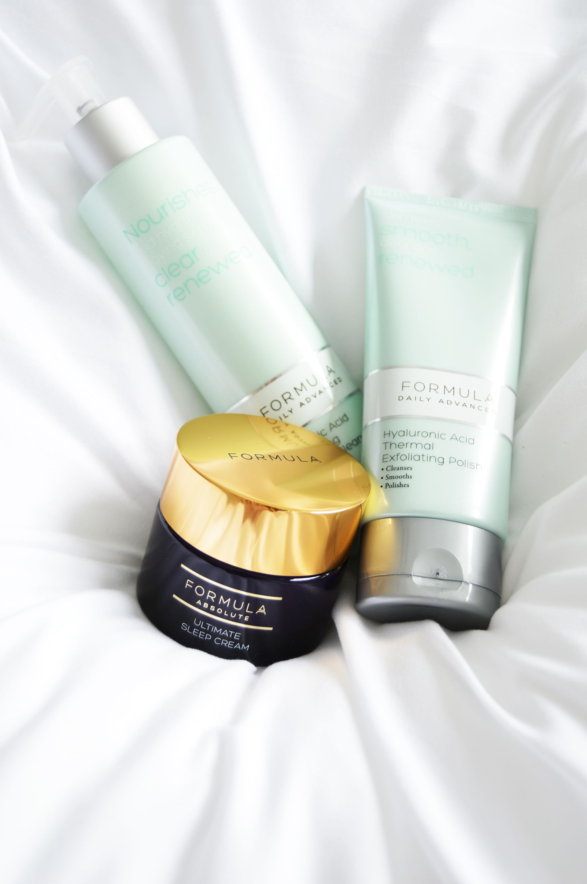 You don't always need to spend tons of money on skincare products. M&S FORMULA Skincare has many products that are reasonably priced and deliver! M&S FORMULA Skincare Review